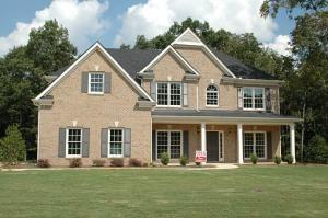 Zalety budowy domu bez podpiwniczenia